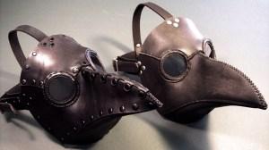Máscara usada por médicos durante a peste negra
