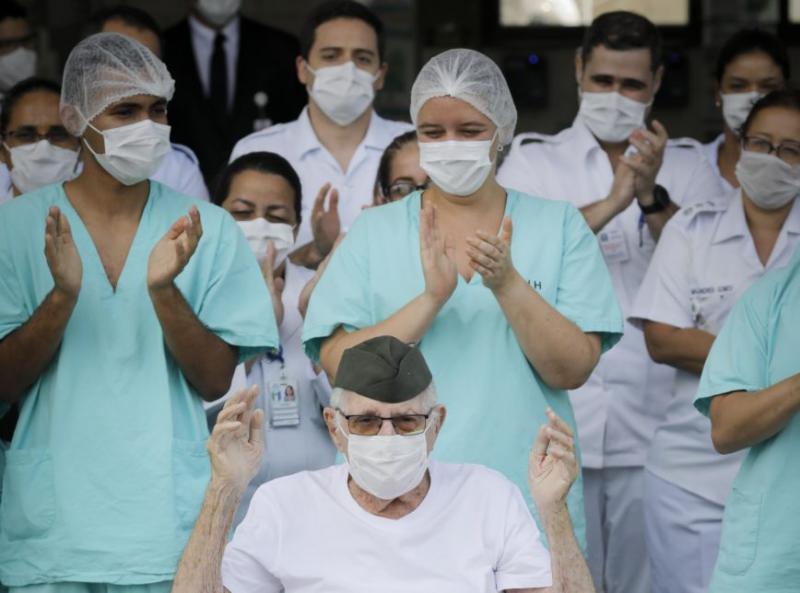 Brasil tem 34.132 pacientes recuperados do coronavírus, diz Saúde