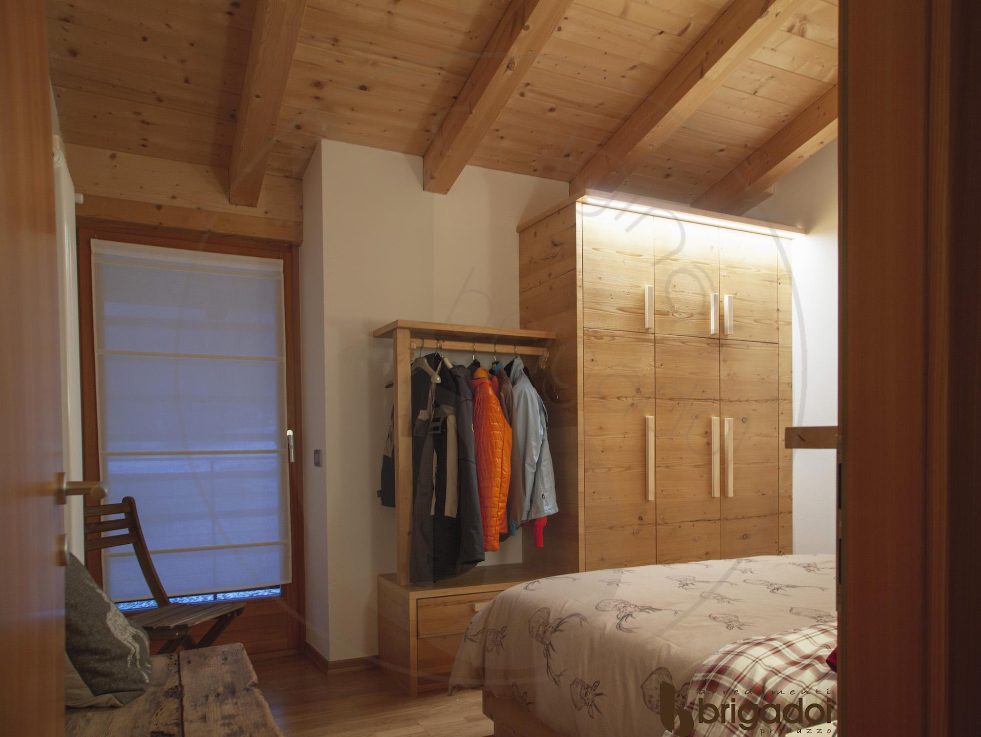 arredamenti falegnameria brigadoi legno trentino val di fiemme design mountain dolomiti camera