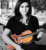 Alison D'Souza (viola)