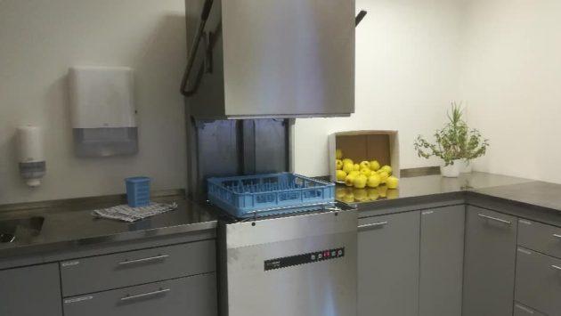 Hobart hettemaskin Ecomax 602 Sørborgen skole oppvaskmaskin