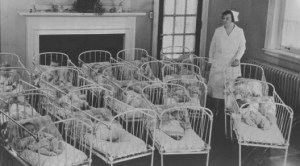 Cots Close together Maternity hospital 1920s