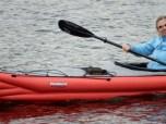 Astrid Günther beim Paddeln auf dem Masurensee
