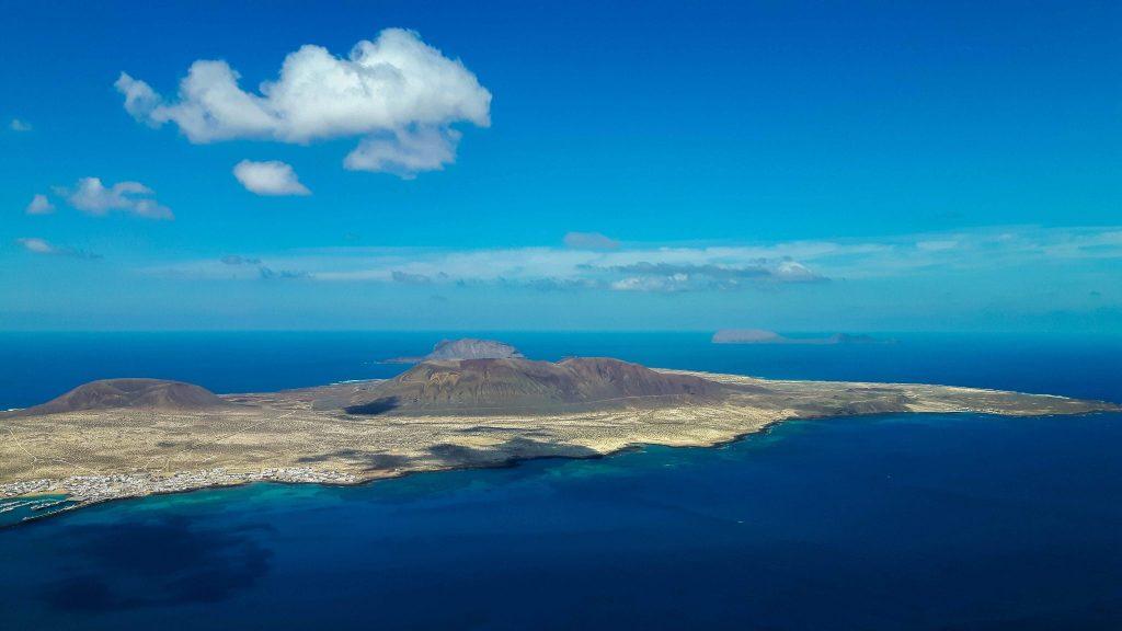 Lanzarote-travel-guide-mirador-del-rio-manrique-la-graciosa (1 von 1) (1)