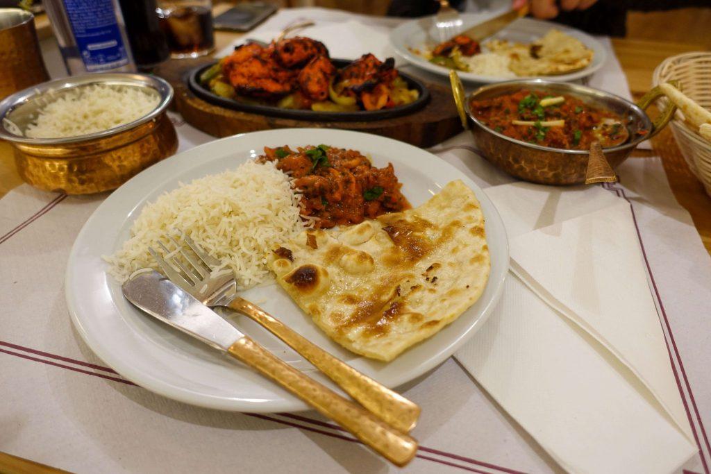 calella-kurkuma-indian-restaurant-hauptspeise-Essen