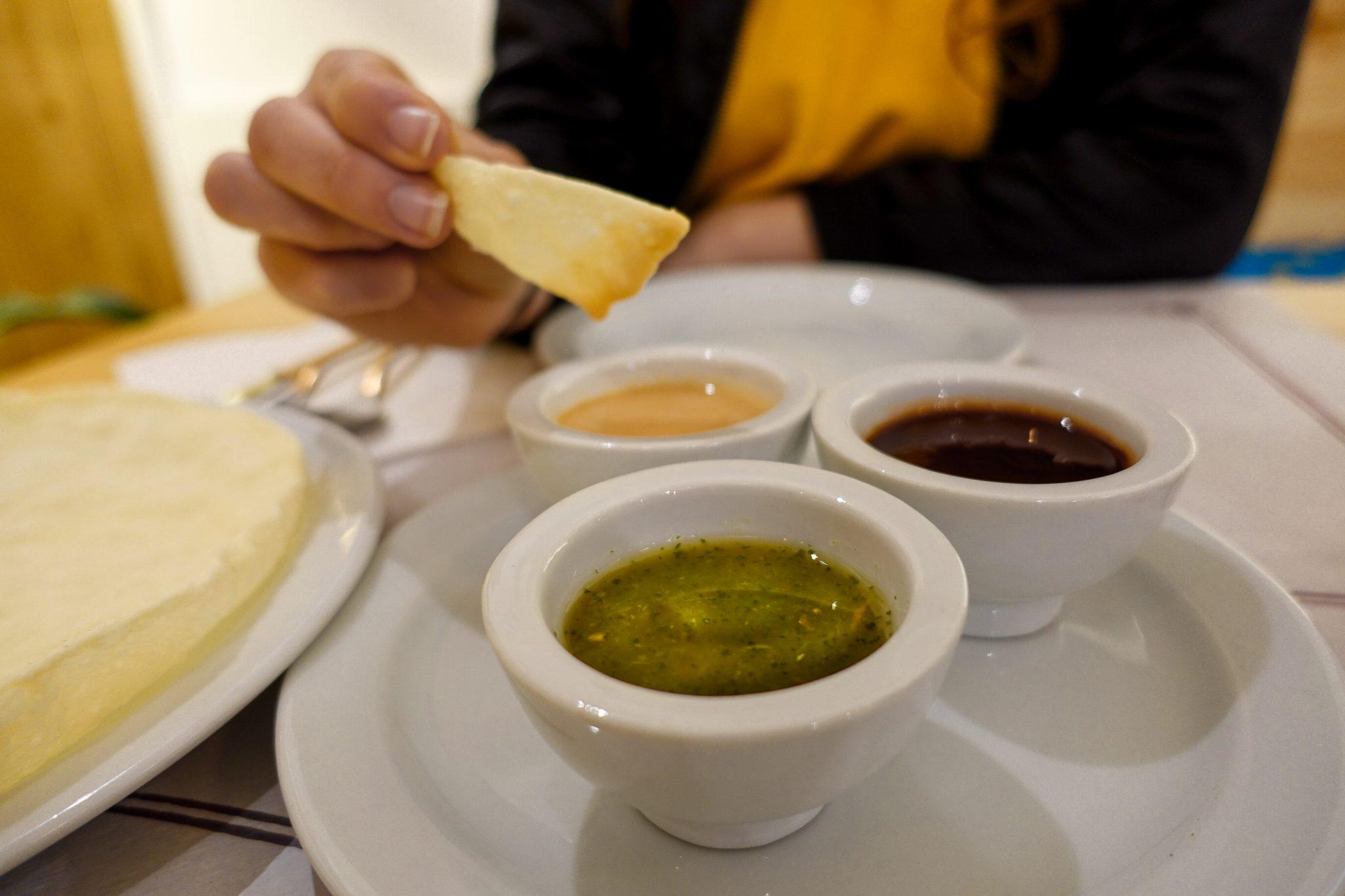 calella-travel-guide-winter-kurkuma-restaurant-küche