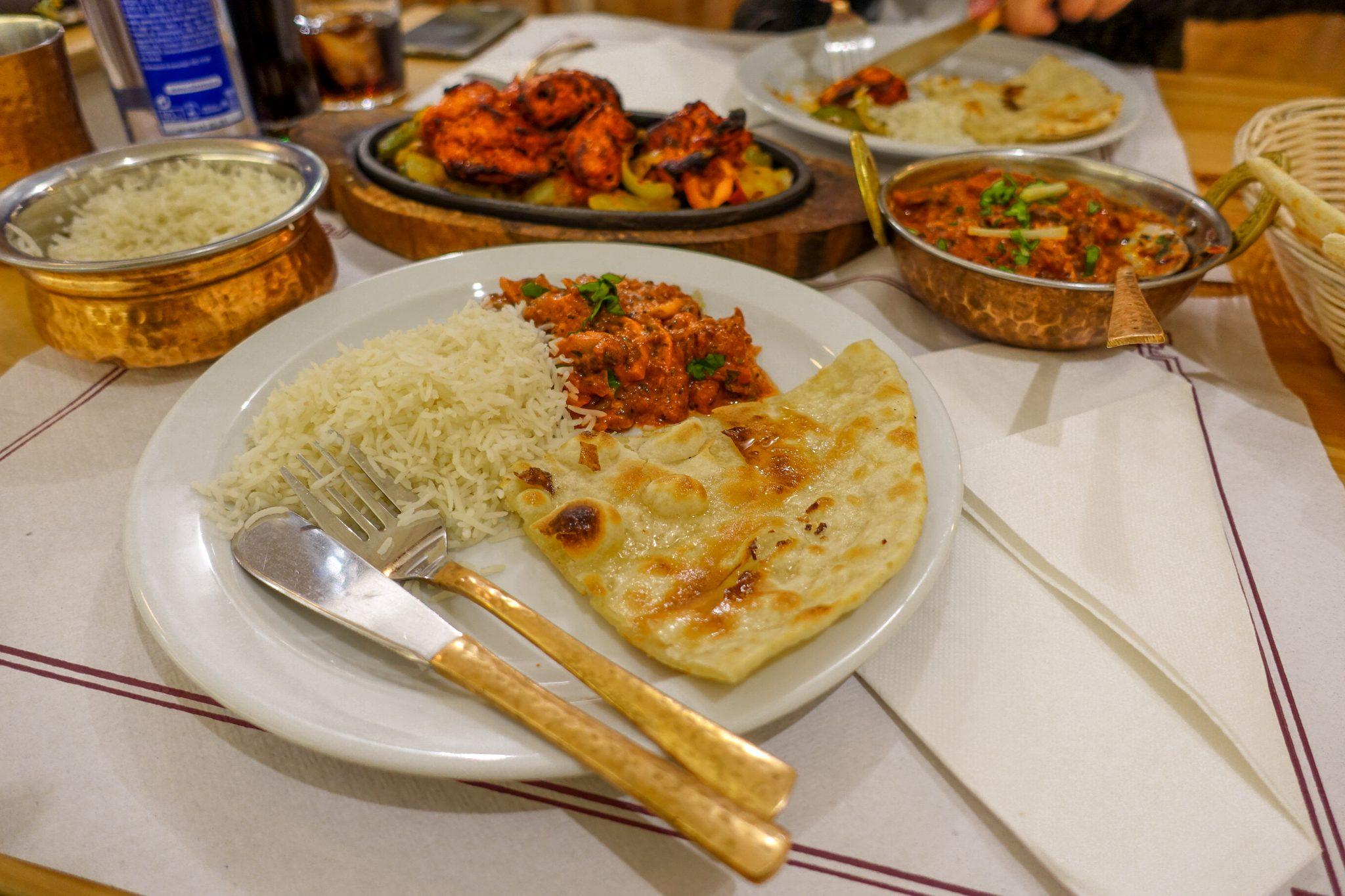 kostenlose-apps-die-deine-reise-garntiert einfacher-machen-essen