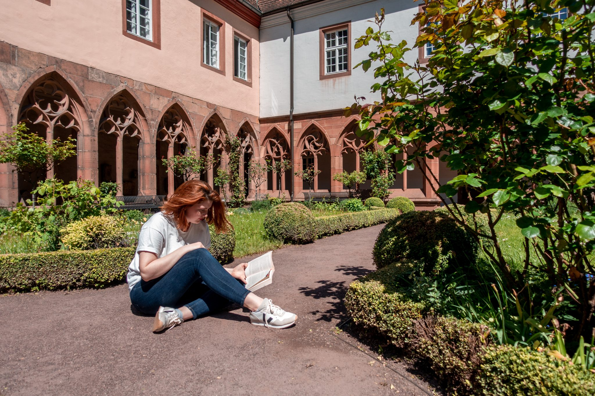 Landau-pfalz-sehsnwürdigkeit-kreuzgarten-buch