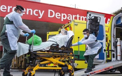 Covid: scale of emergency facing UK laid bare as 1,000 die in 24 hours