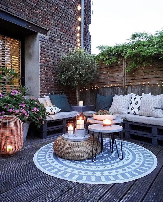 Small Patio Ideas: 21+ Simple Designs on a Budget ... on Budget Friendly Patio Ideas id=49792