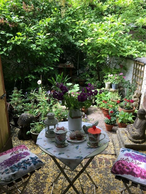 Small Patio Ideas: 21+ Simple Designs on a Budget ... on Cozy Patio Ideas id=26621