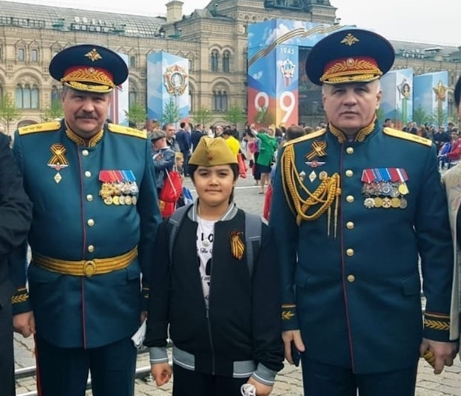 Kunzang Seagal with Soviet veterans