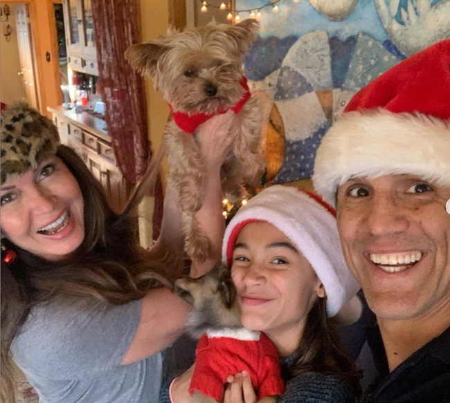 Lisa Guerrero celebrating Christmas with Frank Shamrock and his daughter Nicolette