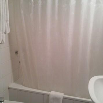 Chuveiro com banheira