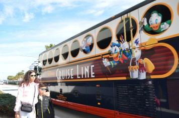 Ônibus de translado do navio