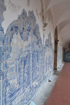 Azulejos do claustro