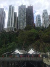 Vista do píer e do hotel