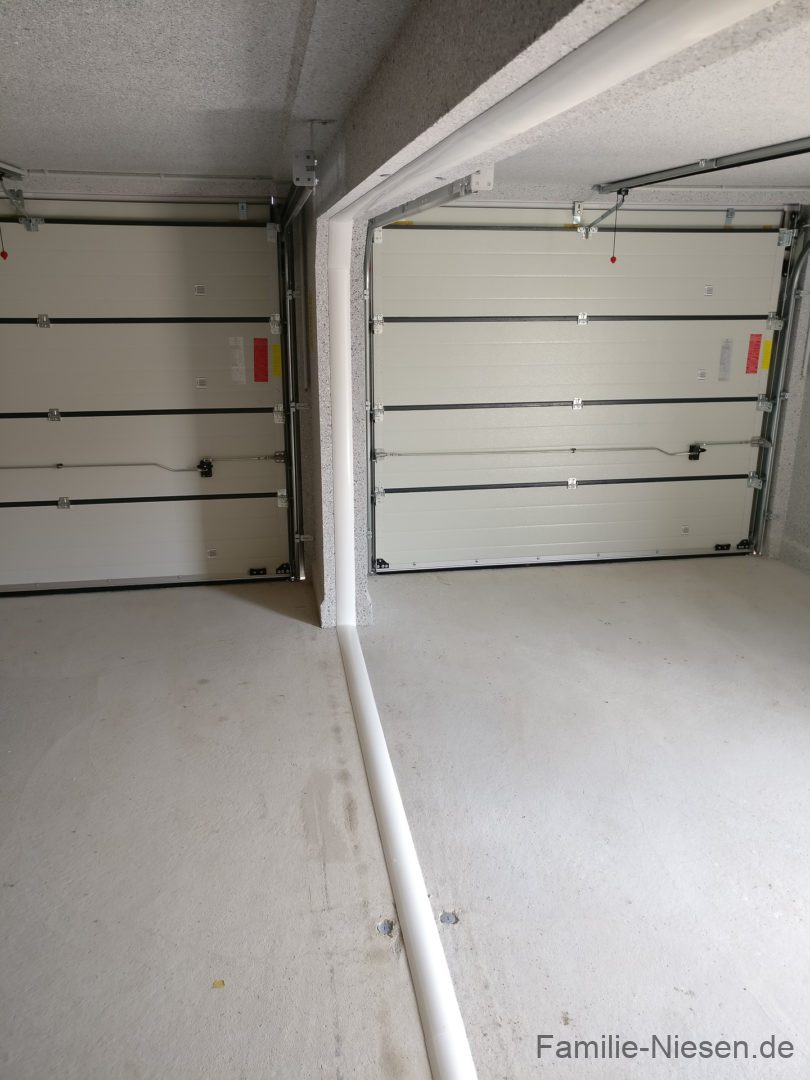hundhausen garage familie niesen. Black Bedroom Furniture Sets. Home Design Ideas
