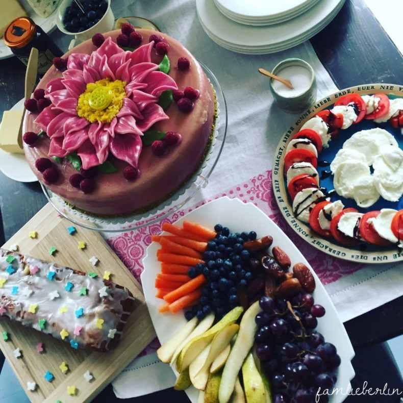 Torte, Babyparty, Blessingway, Fruehstueck, Obst, Buffet