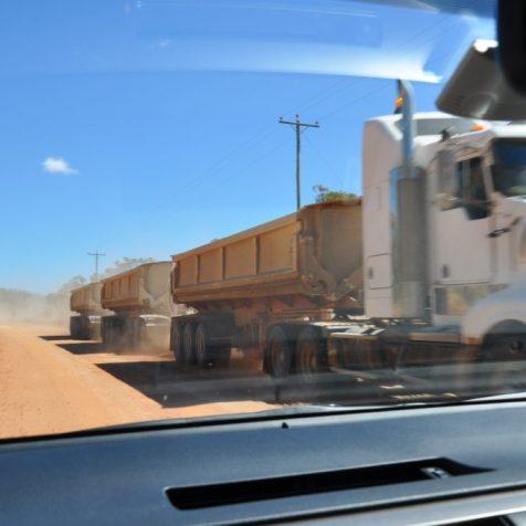 (C) Jule Reiselust: Roadtrain bei Chillagoe/Queensland