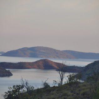 (C) Jule Reiselust: Abendstimmung am Lake Argyle