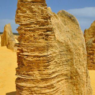 (C) Jule Reiselust: Diese spannenden Strukturen stammen möglicherweise von Winderosion.