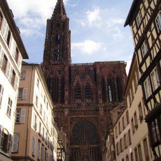 (C) Jule Reiselust: Westfassade des Münsters von Strasbourg.