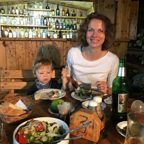 (C) Jule Reiselust: ein laues Lüftchen und leckeres Essen - das Mediterran ist wunderbar!