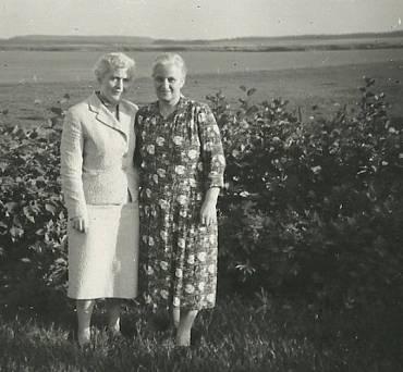 De to søstre, Cilia og Nora