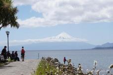 Der Osorno von Puerto Varas aus gesehen