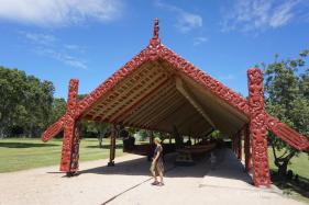 Museum Waitangi Treaty Grounds/ das längste Kanu Neuseelands