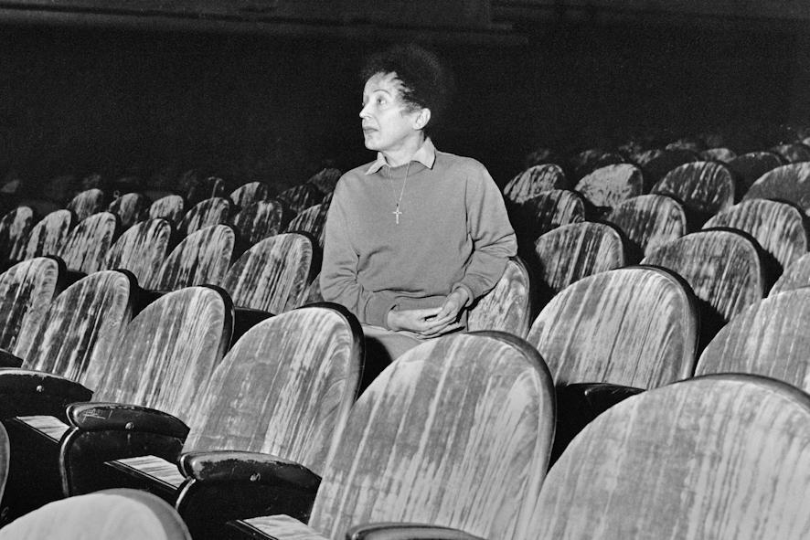 Edith Piaf photographiée par Hugues Vassal