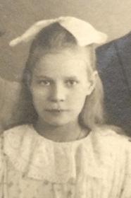 Skyddad: Blev lärarinna som sin syster