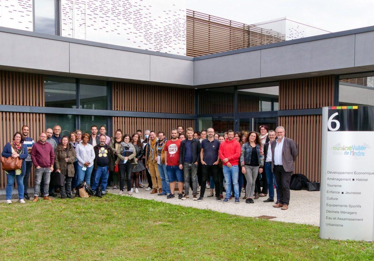 Photo de groupe des équipes de direction du service Enfance / Jeunesse de Touraine Vallée de l'Indre