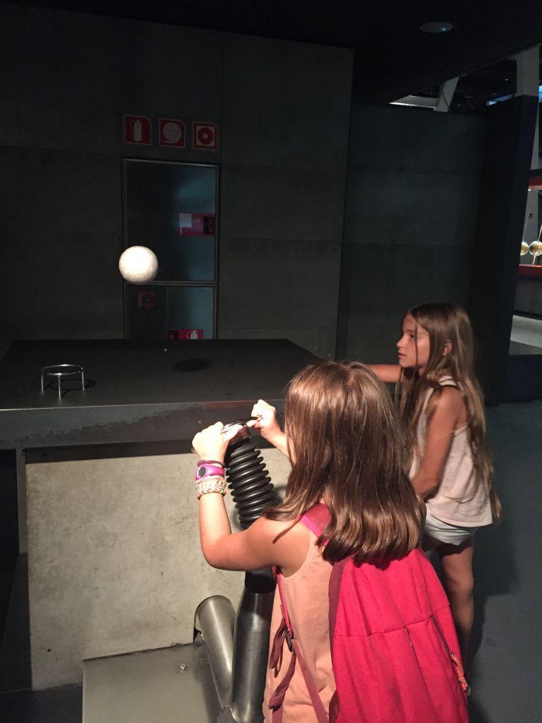 CosmoCaixa un musée pour scientifiques en herbe