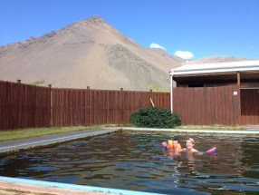 mart-theo-piscine-Lysohul