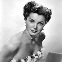 Biography of Esther Williams