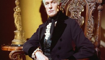 Vincent Price as Roderick Usher in The Fall of the House of Usher