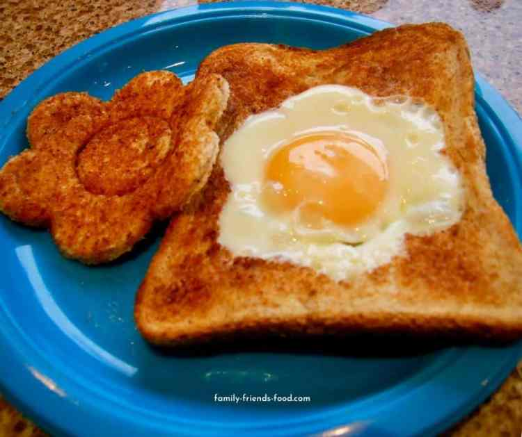 flower toast also known as egg in the basket.