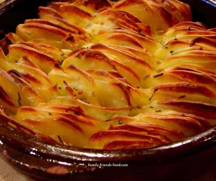 Garlic & rosemary scalloped potato roast.