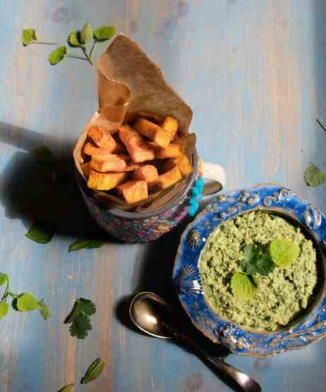 turmeric fries with coriander and mint dip