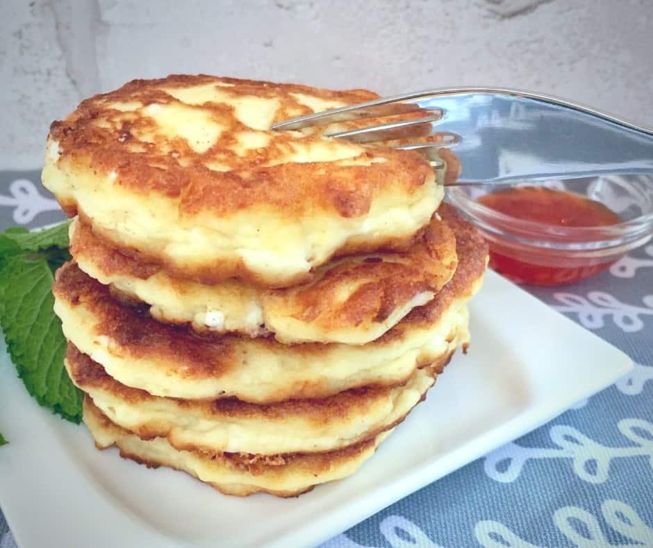 Amazing feta cheese pancakes are a forgotten Chanukah treat - Delicious!