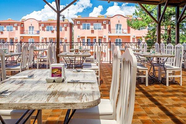 Ривьера, семейный отдых, ресторан