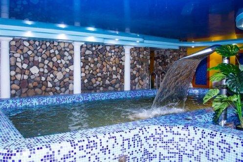 Гелиопарк Талассо, бассейн