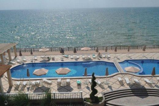 Крым, Рибера Резорт, бархатный сезон, отдых