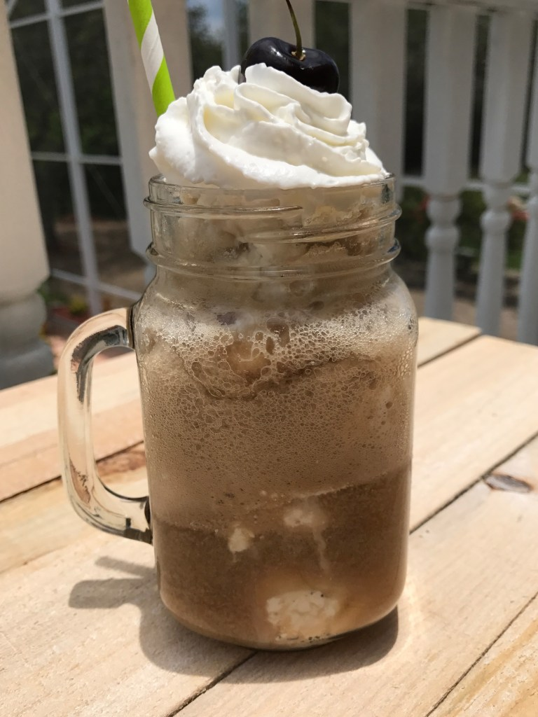 Old Fashioned Cola Float