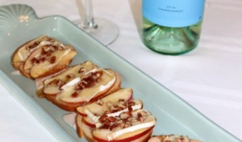 Maple Pecan Apple Brie Bites