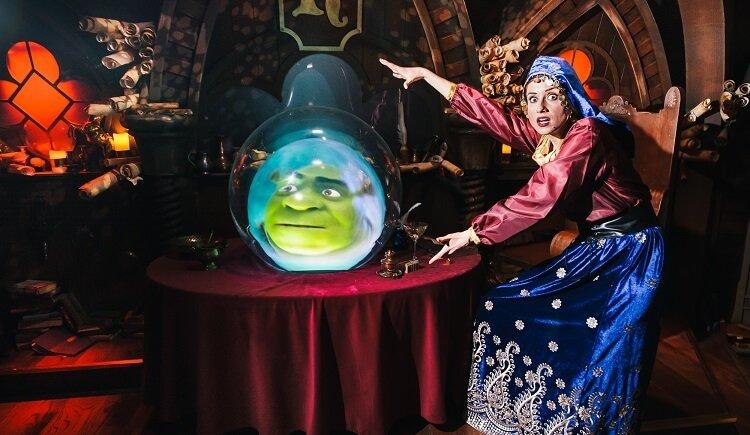 Library Imagery for Shrek's Adventure London © Mikael Buck / Shrek's Adventure London