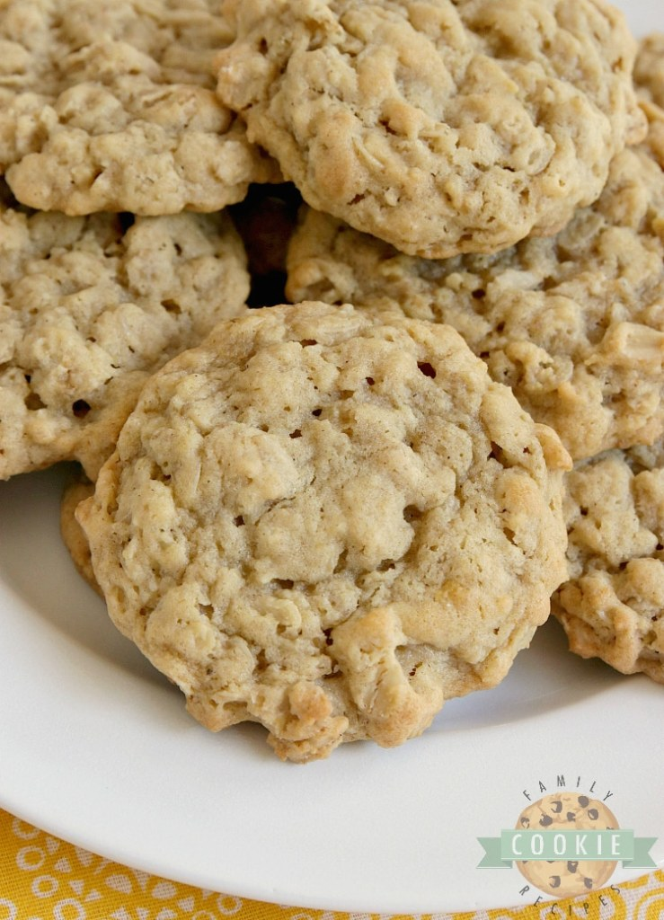 Banana Oatmeal Cookies are soft, chewy and made with banana pudding mix and fresh bananas! Easy oatmeal cookie recipe with a ton of banana flavor!