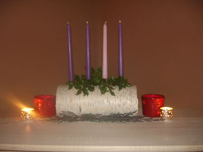 Dawn_Advent_Log_Wreath